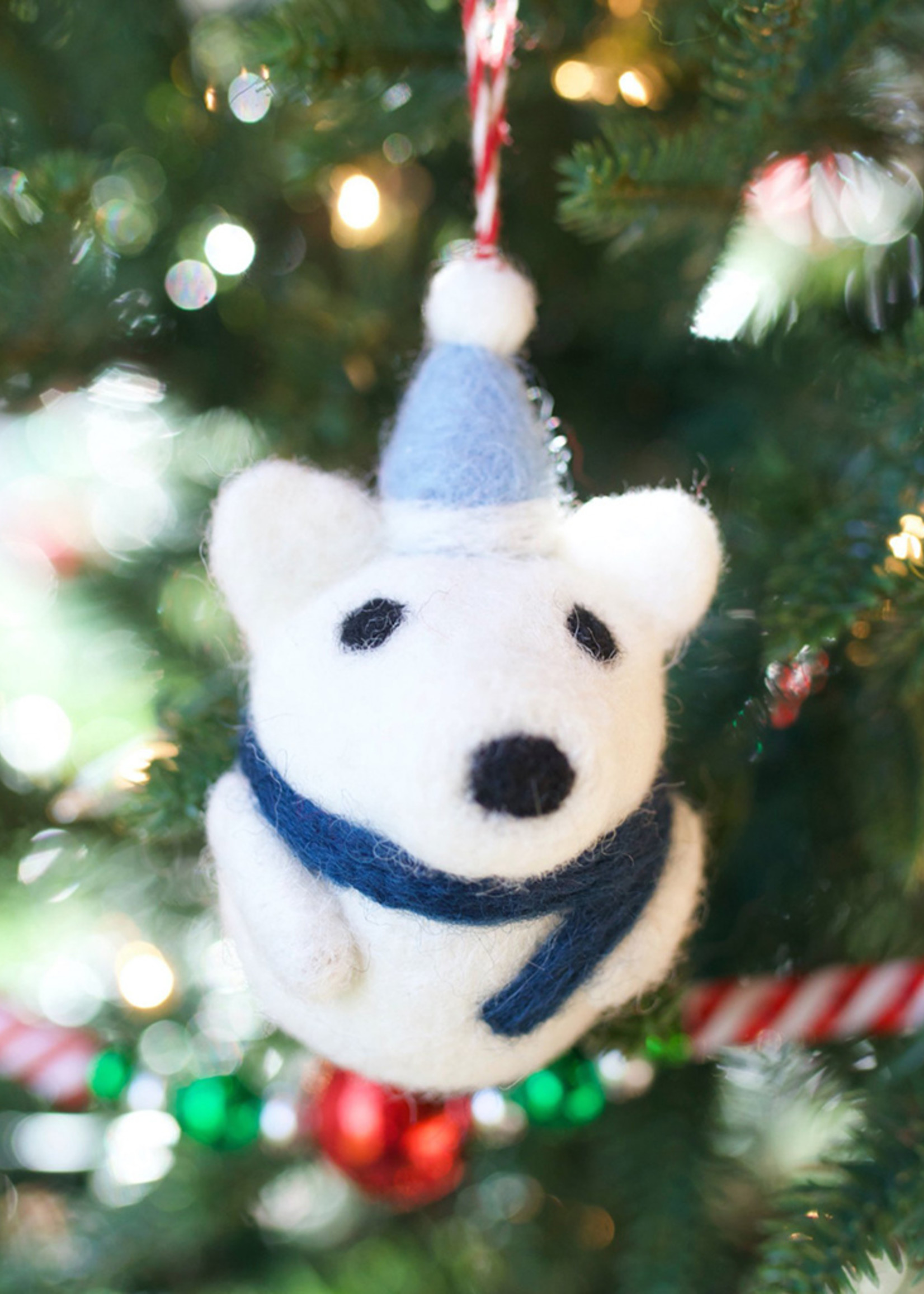 Tufted Wool Polar Bear with Hat