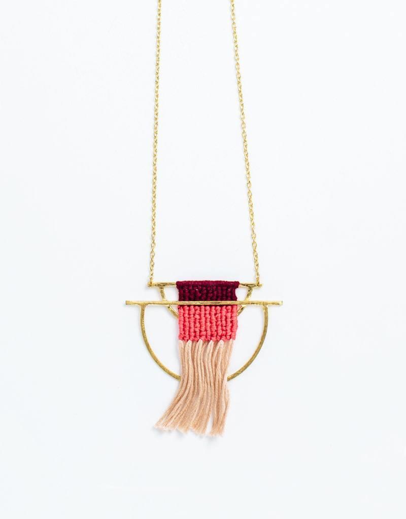 Mata Traders Santa Cruz Mauve Necklace