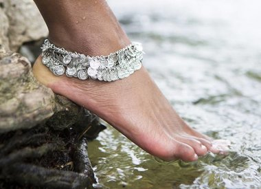 Toe Rings & Anklets
