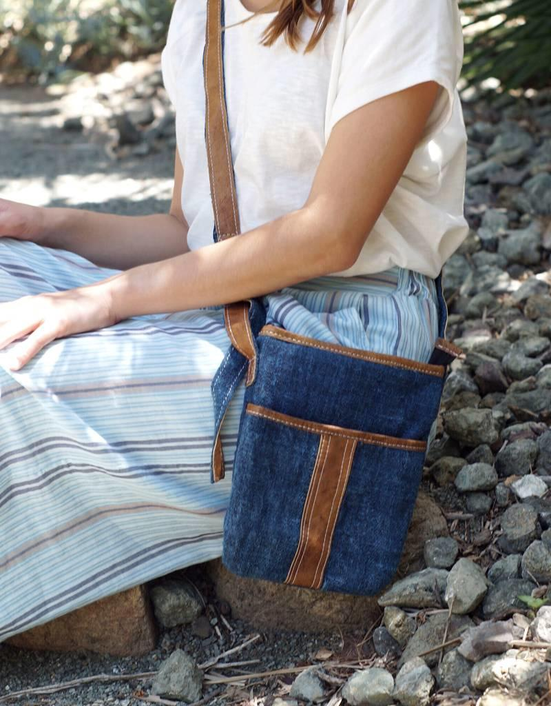 Ganesh Himal Hemp & Leather Travel Purse