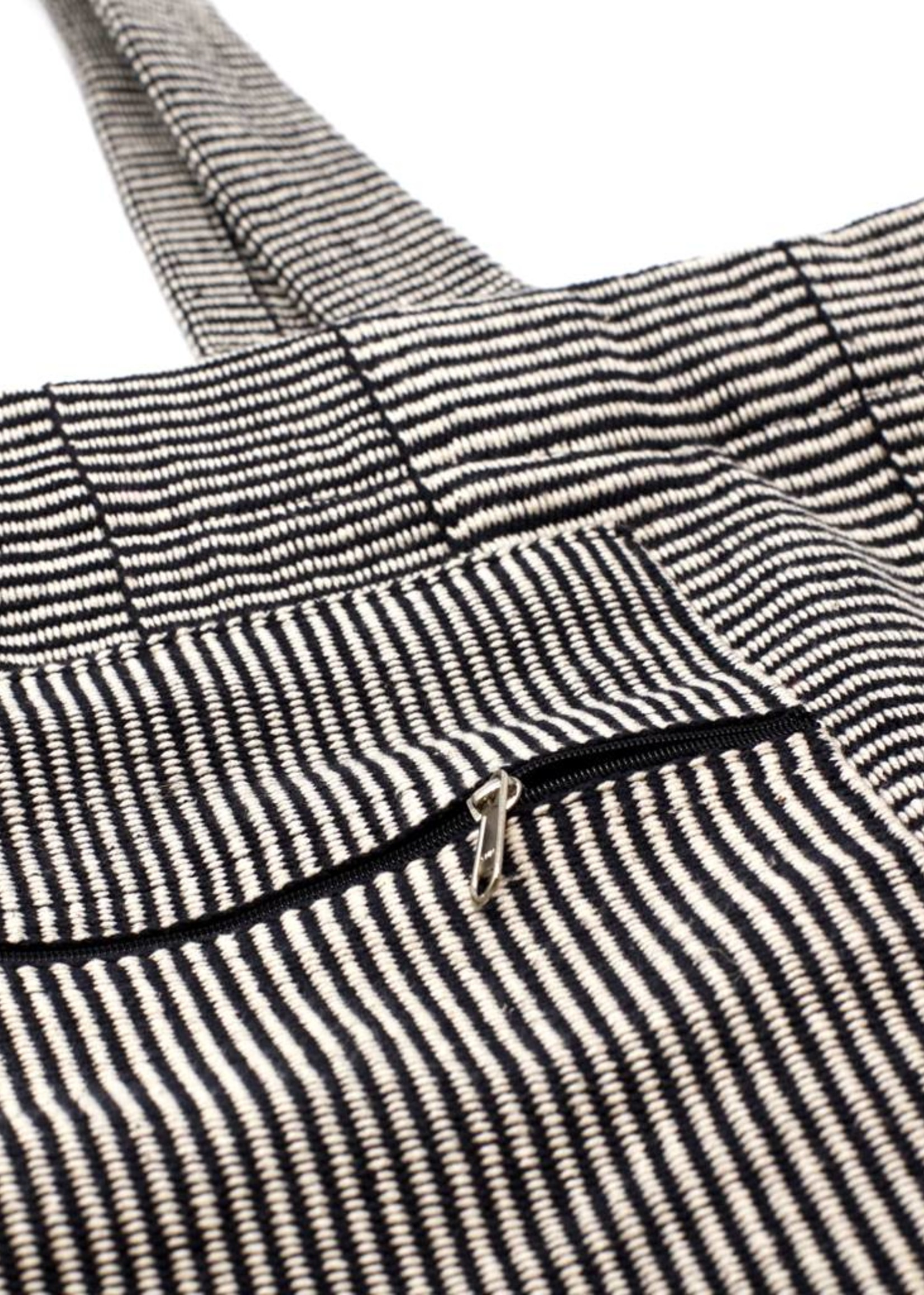 MESH Black & White Tote
