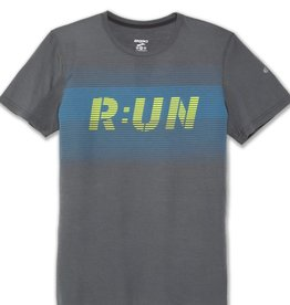 BROOKS MNS DISTANCE GRAPHIC TEE