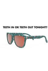 GOODR TEETH IN OR TEETH OUT TONIGHT?