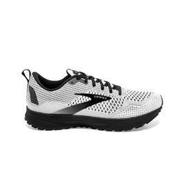 BROOKS W Revel 4