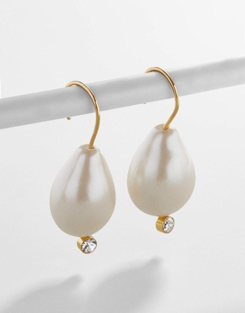Dayla Pearl Hoop Earring