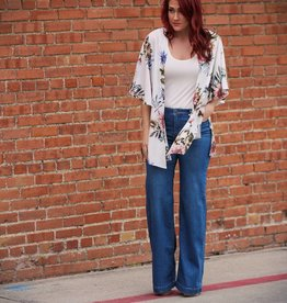 Andree Floral Short Kimono