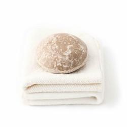 Unwrapped Life Cleanse/ Moisturizing Shampoo Bar (Womb)