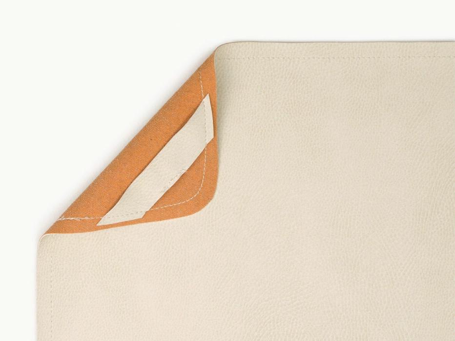 Gathre Mini Leather Highchair Mat Blanc