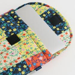 "Baggu Puffy Laptop Sleeve 13"" - Calico Block"