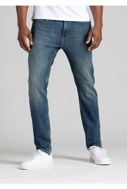 DUER Performance Denim Slim