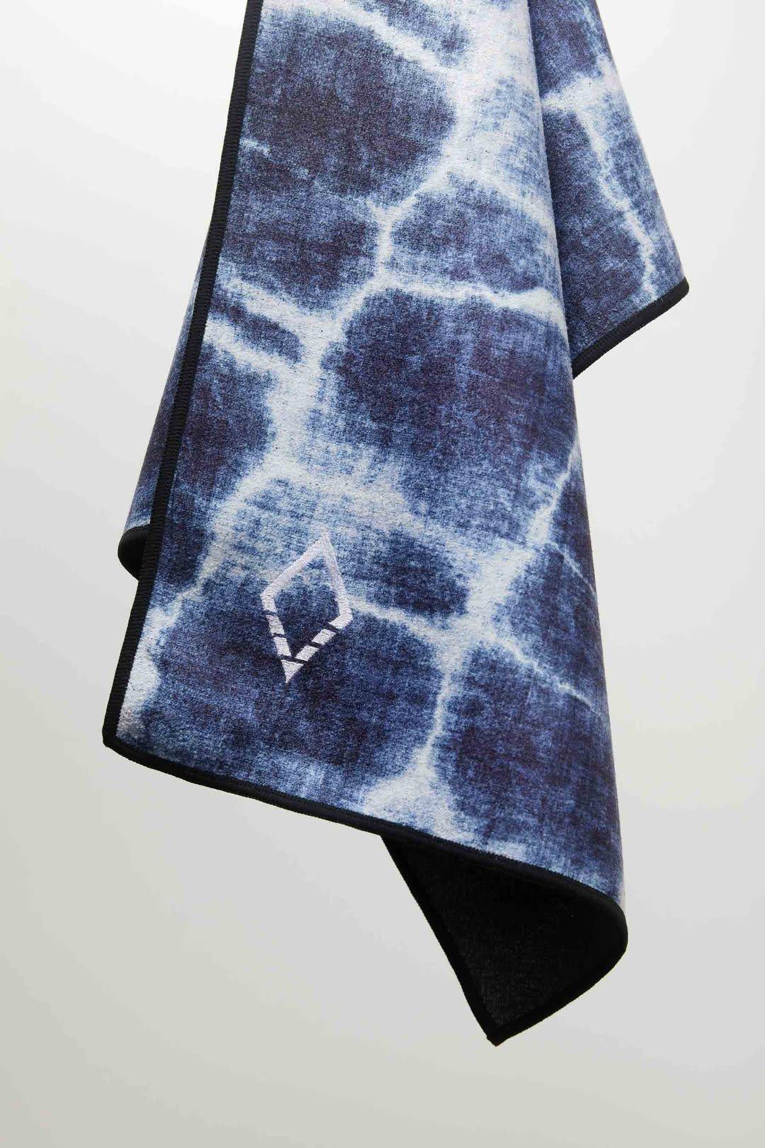 Nomadix Agua Blue Do Anything Towel-1