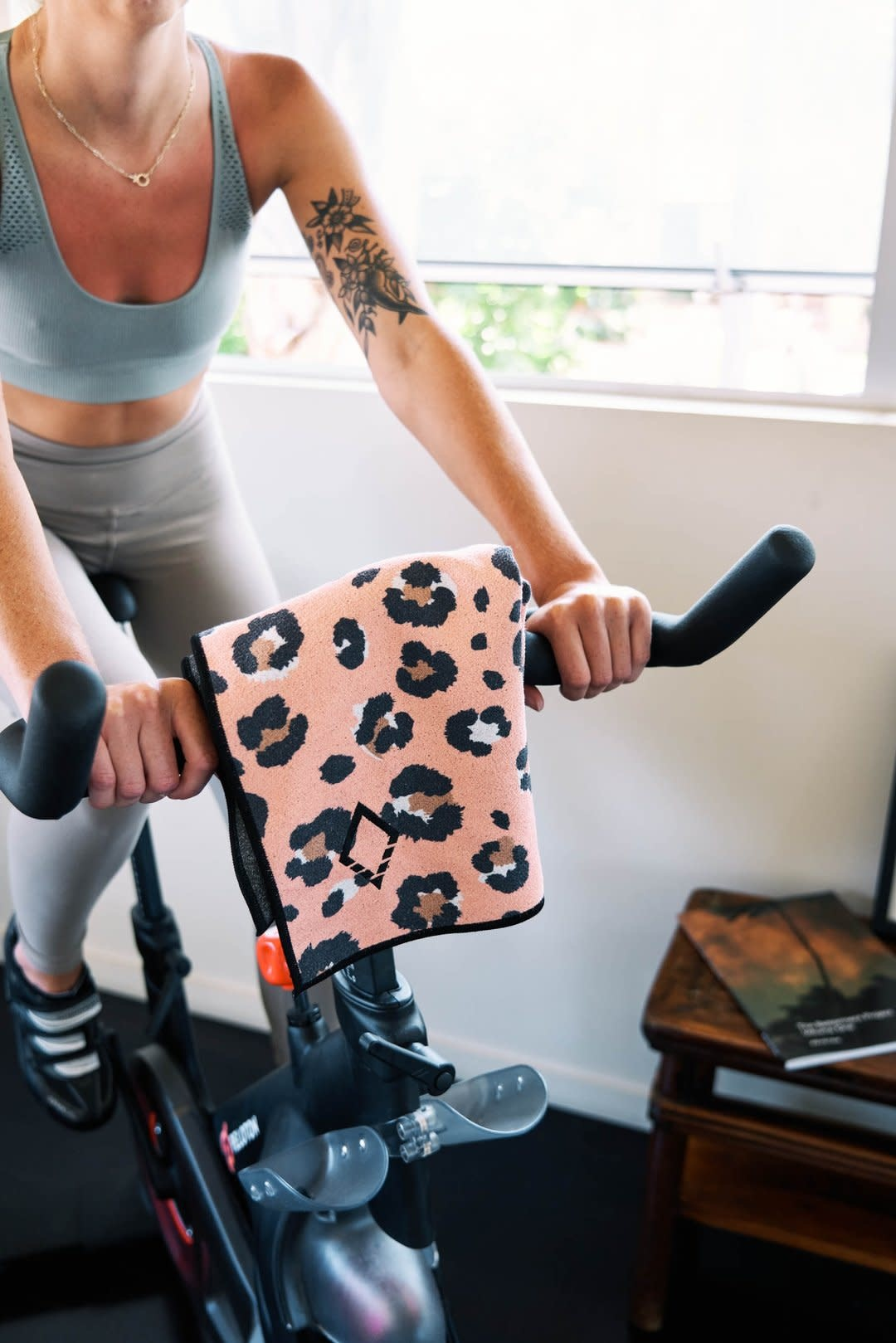 Nomadix Leopard Pink Do Anything Towel-4