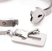 XR Brands Cuffed-Locking Bracelet Set