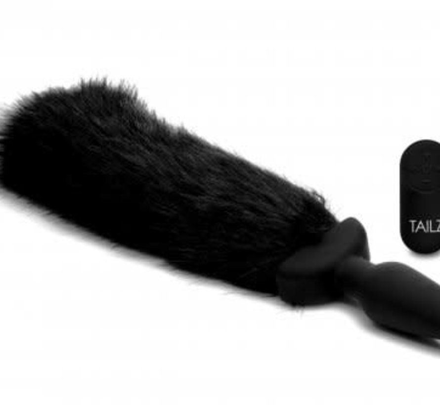 Waggerz Moving and Vibrating Fox Tail Plug