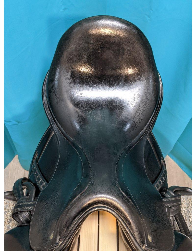 "CWD 18"" CWD Monoflap Dressage Saddle MW"