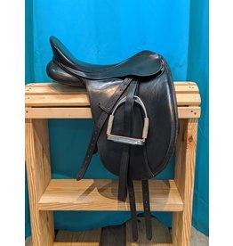 "17"" Collegiate Convertible Dressage Saddle 6"" W"