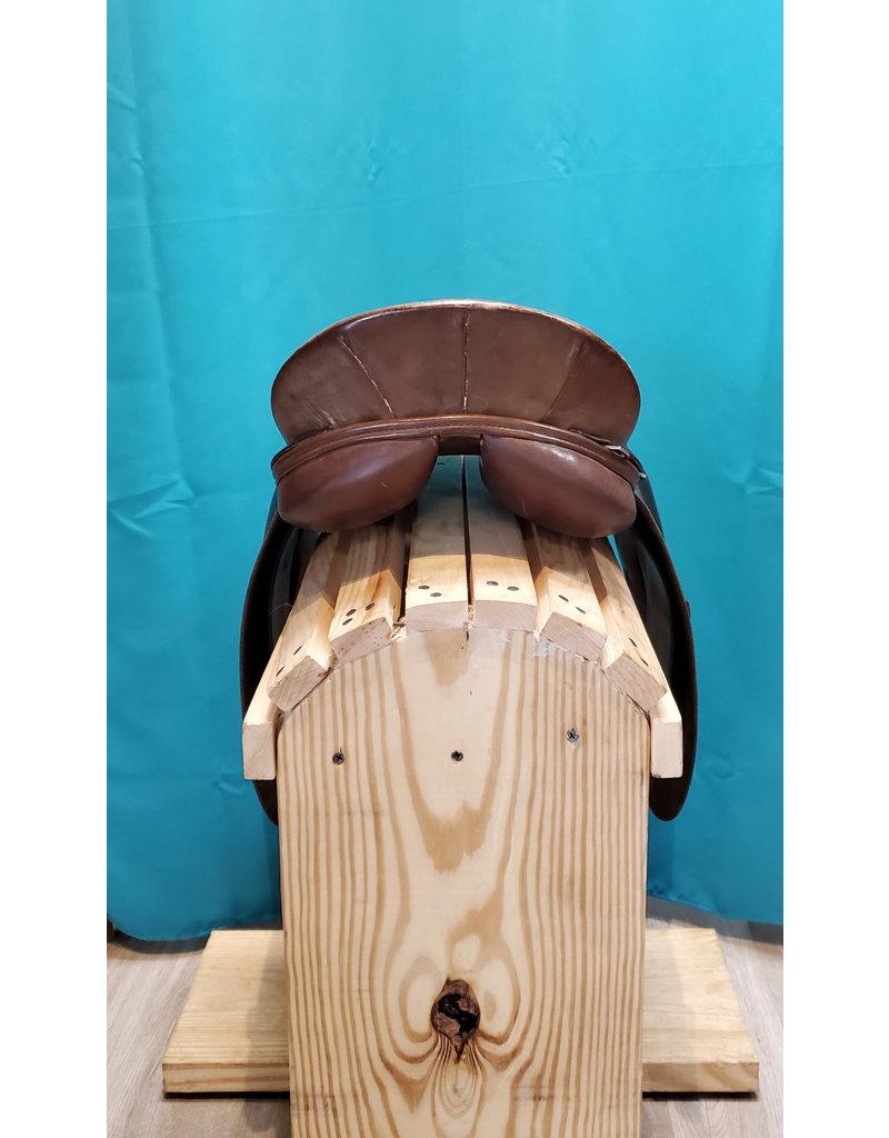Crosby Crosby Mark VIII 16.5 English Saddle w/cover
