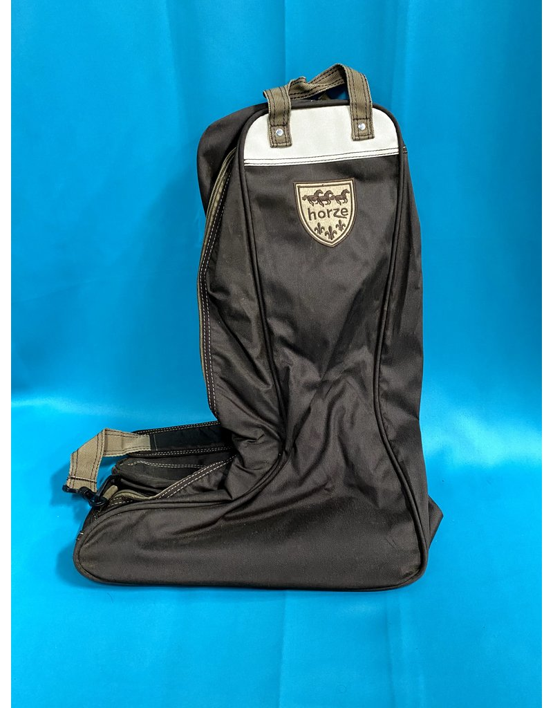 Horze Saddle, Jacket, Bridle and Boots Carrier Set