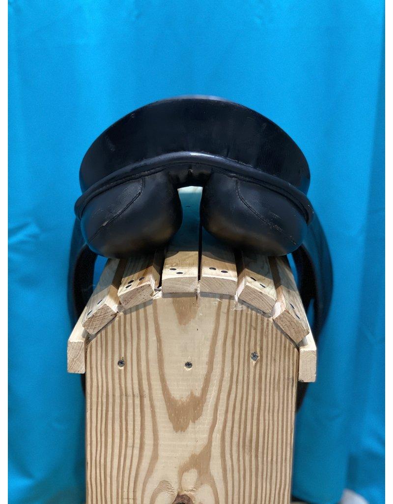 """Sommer 17"""" Black Sommer German Dressage Saddle"""