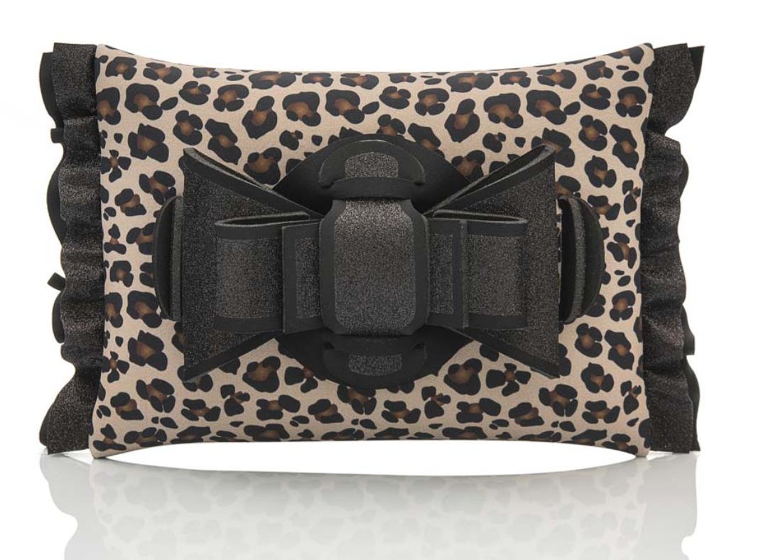 HYMY AP: NEOPRENE leopard clutch