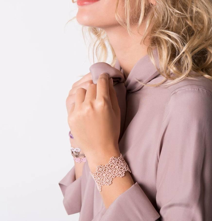 Cruciani  Powder Pink/Apricot Clover Lovers Bracelet