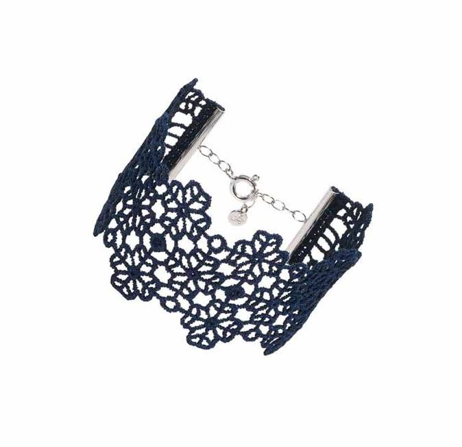Cruciani Navy Clover Lovers Bracelet