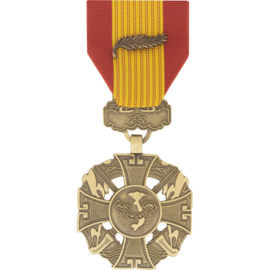 Republic of Vietnam Gallantry Cross w/ palm