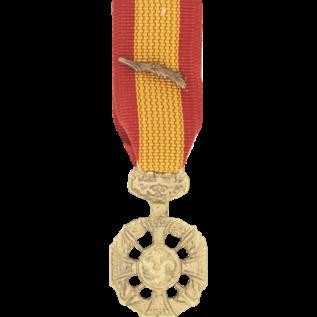 Republic of Vietnam Gallantry Cross w/ palm