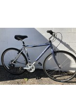 Trek PRE-OWNED TREK 7000 HYBRID