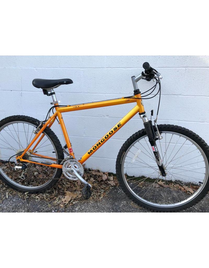 Mongoose PRE-OWNED MONGOOSE MOUNTAIN BIKE