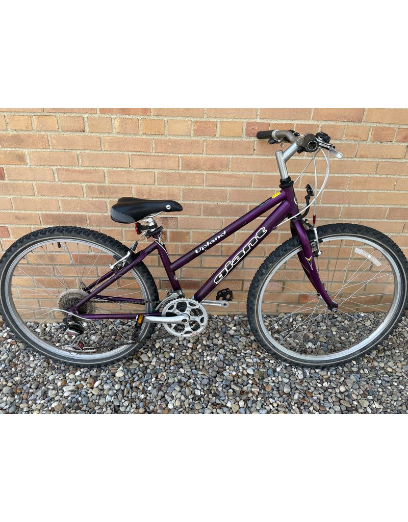 Giant PRE-OWNED GIANT MTB