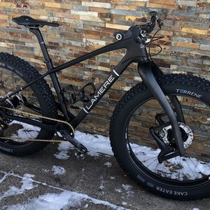 "LaMere Cycles Size Med 17.5"" Carbon Fat with HED carbon 27.5"" Wheels"