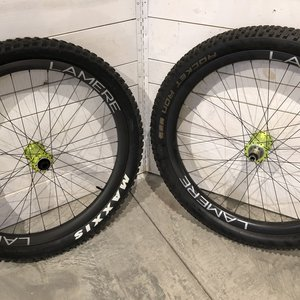 LaMere Cycles Fat Summer Wheelset w/ Onyx Lime Hubs