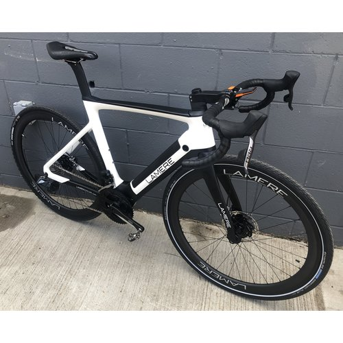 LaMere Cycles Size Med 54cm 32lb Carbon E-Road Bike Sram AXS Carbon Wheels