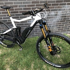 "LaMere Cycles 21"" Diode Shimano E8000 Motor and Fox 38 Fork"