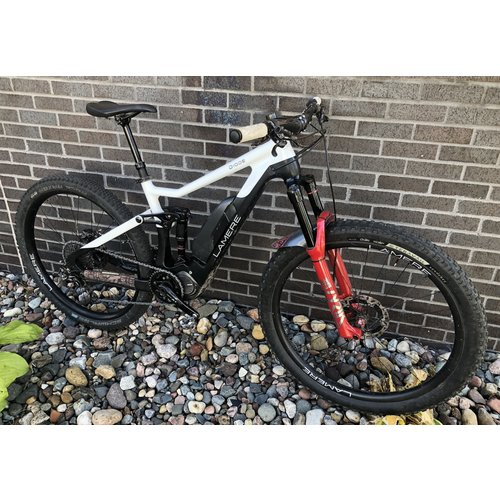 LaMere Cycles Used Med Diode Full Susp New Lyrik XT Di2