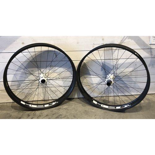 HED Big Half Deal 27.5 Wheelset w/ Onyx Hubs