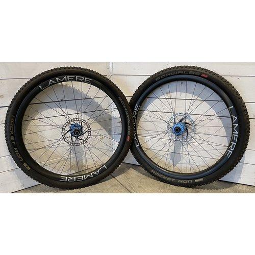 LaMere Cycles Fat Summer Wheelset W/ Onyx Lt Blue Hubs