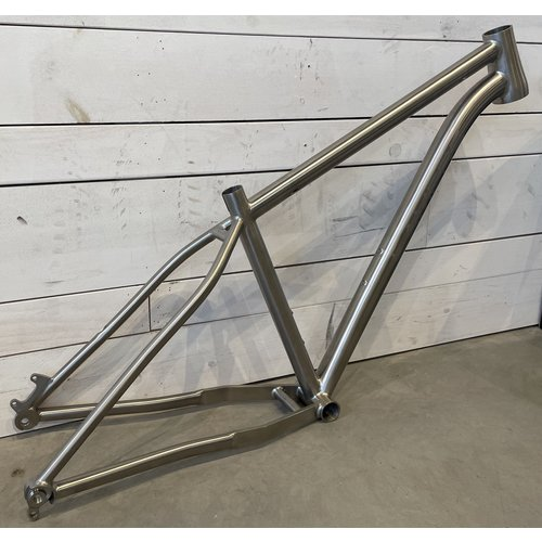 LaMere Cycles LaMere Cycles Titanium HardTail Fat Bike 197 Frame, Size Med