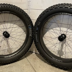 LaMere Cycles Used Fat Carbon Wheelset 85/65mm wide