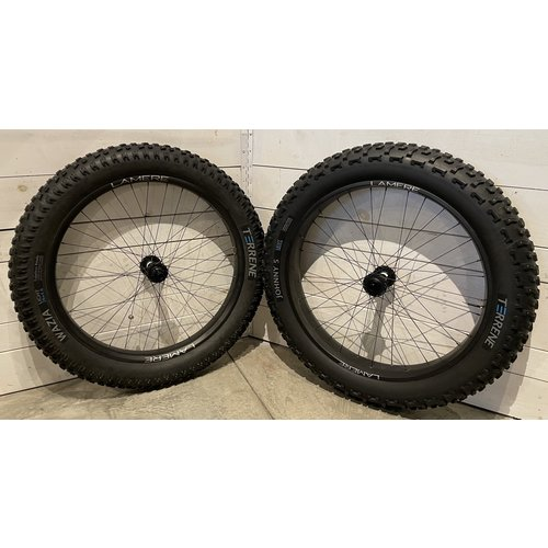 """LaMere Cycles LaMere Carbon Fat Wheelset, 26"""" x 85mm and 65mm wide w/ Studded Terrene Tires"""