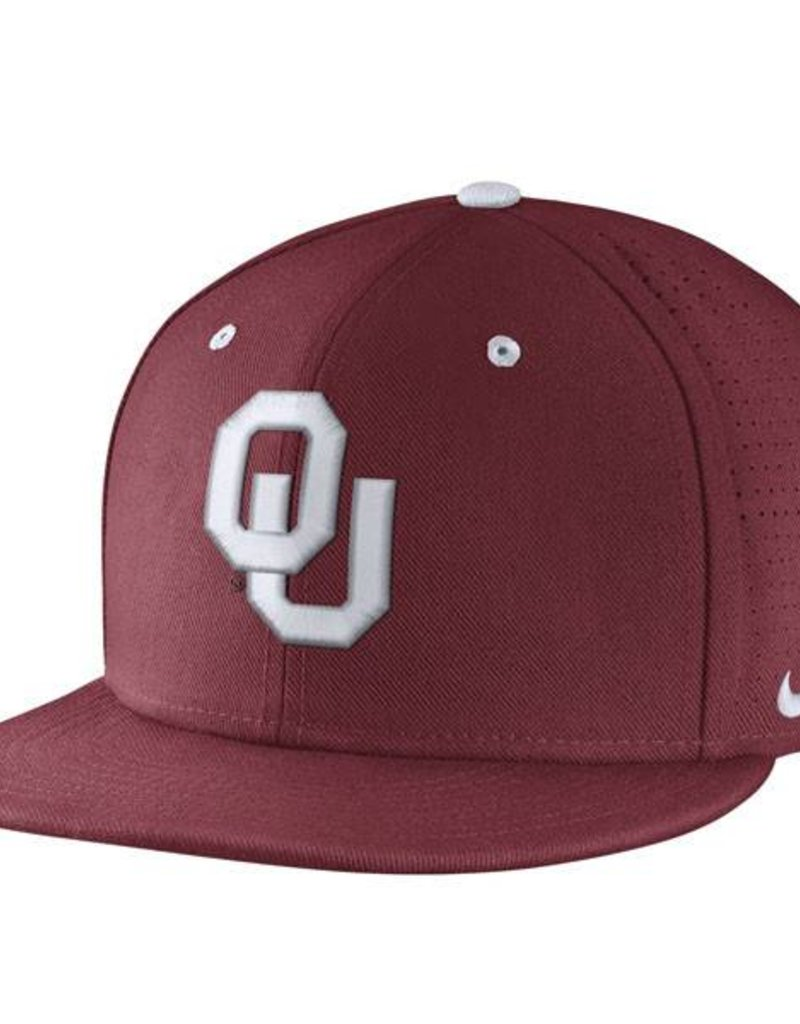 timeless design c7ef0 c76aa Nike OU College True Baseball Fitted Hat