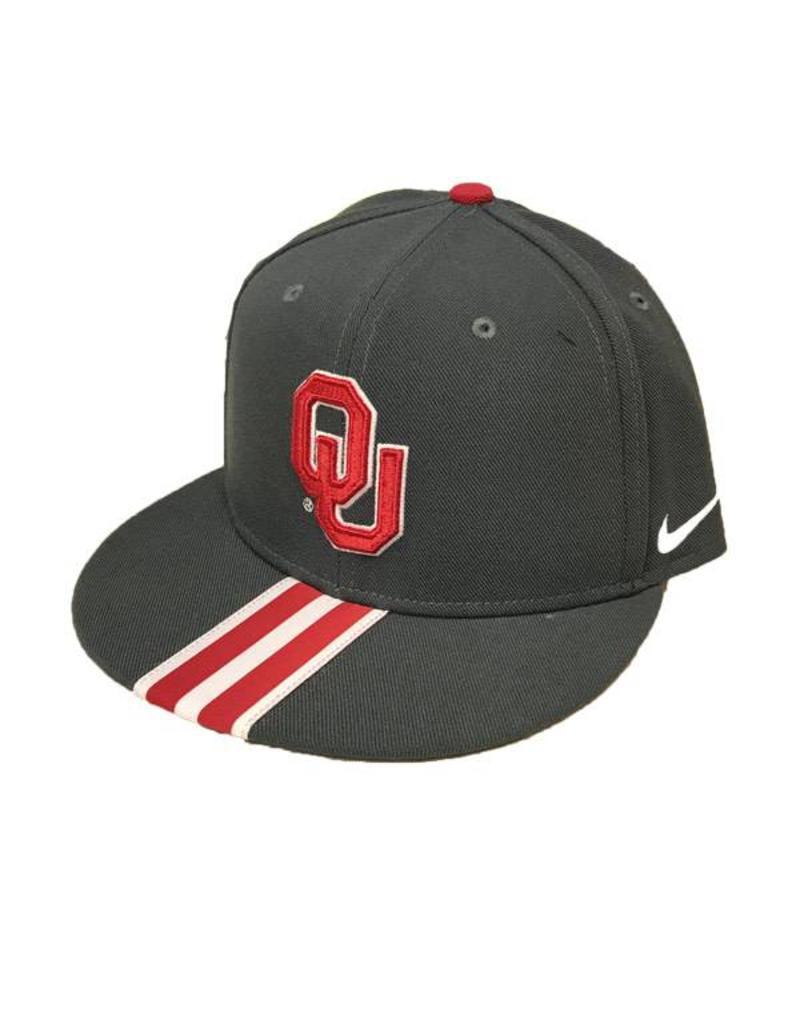 Nike Nike Player's Sideline True Adjustable Snap Back Hat