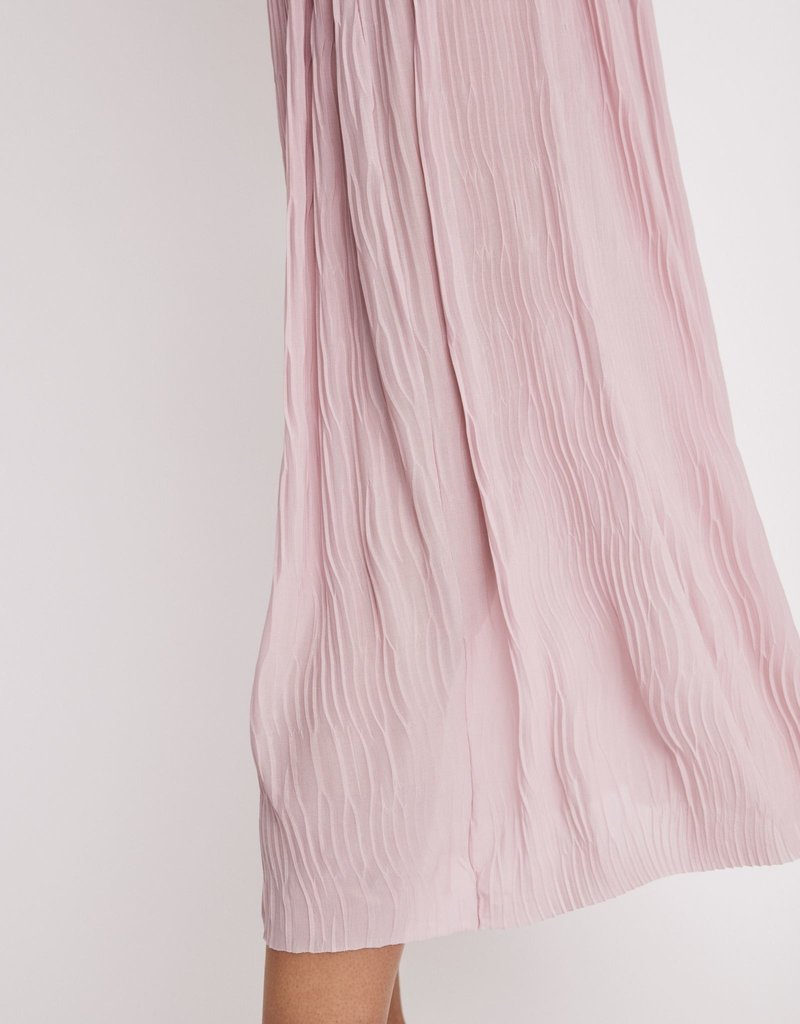 FILIPPA K The Wave Plisse Skirt