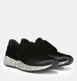 VINCE FOOTWEAR The Gage Sneaker