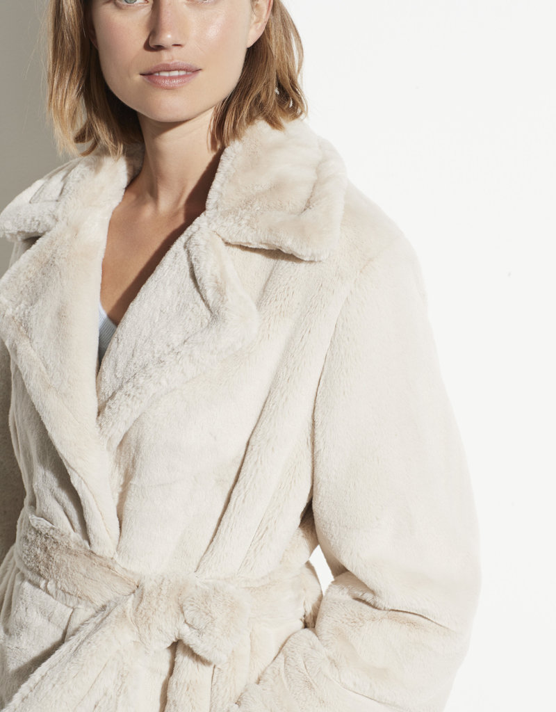 VINCE RTW The Belted Plush Coat