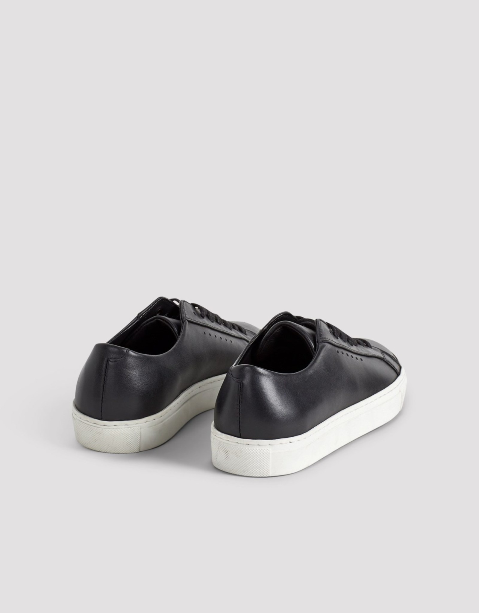 FILIPPA K Kate Low Sneaker