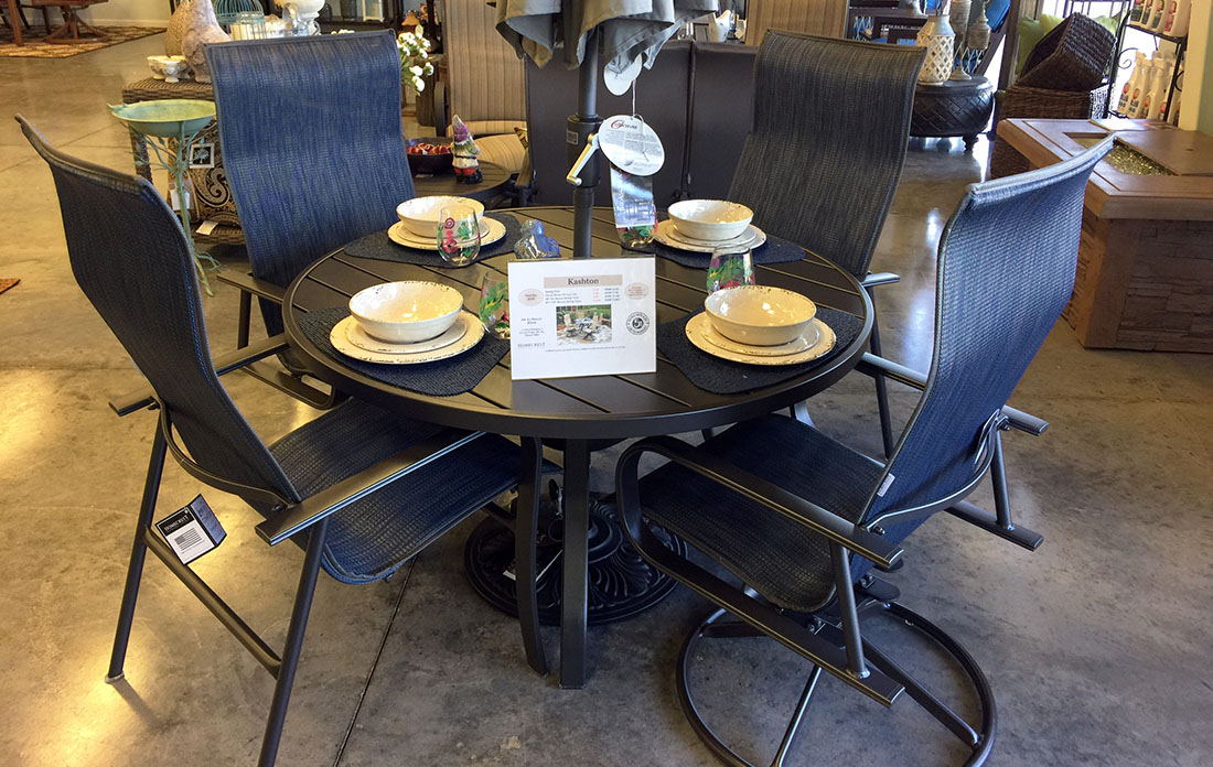Homecrest Kashton Outdoor Dining Set