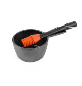 Charcoal Companion Charcoal Companion Cast Iron Sauce Pot & Basting Brush Set