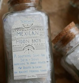 Love Wild Design Mexican Moon Bath